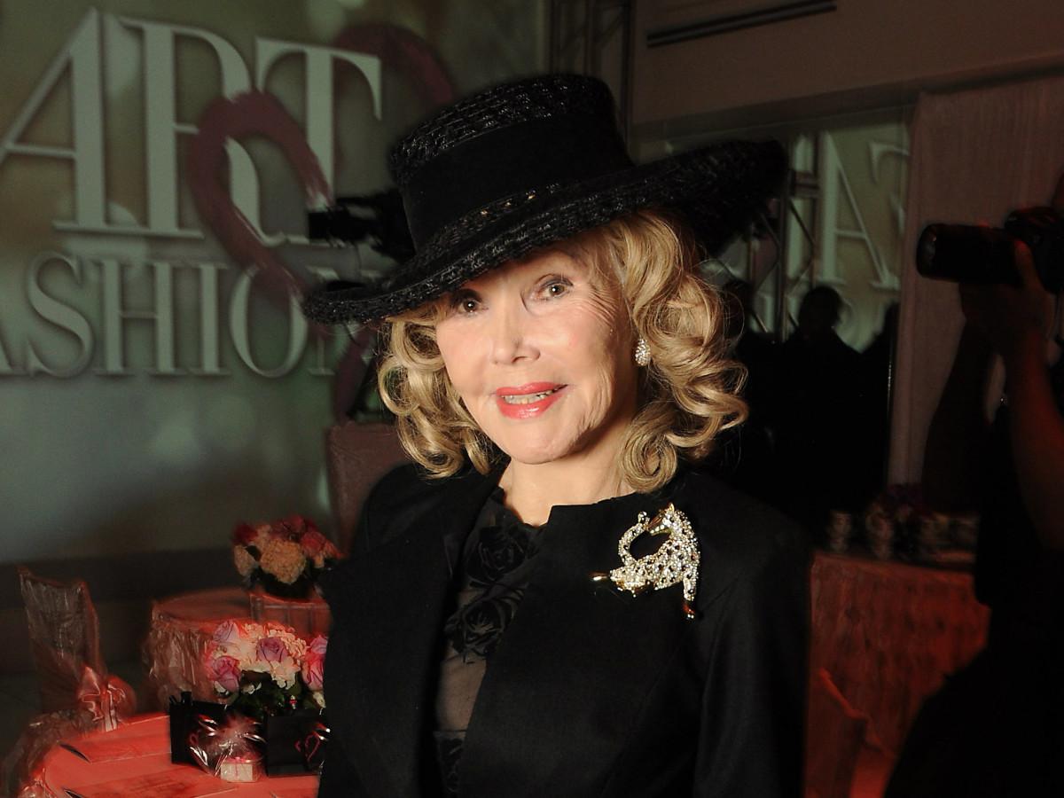 Heart of Fashion: Joanne King Herring