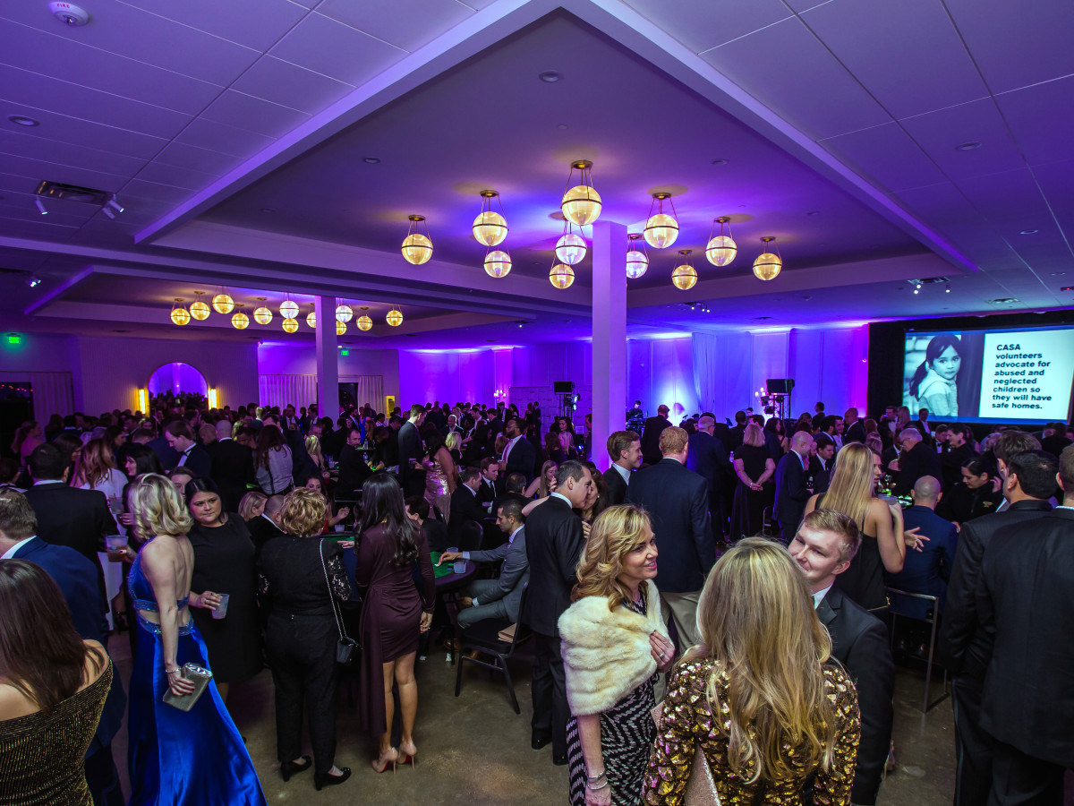 Dallas, CASAblanca gala, January 2018, crowd