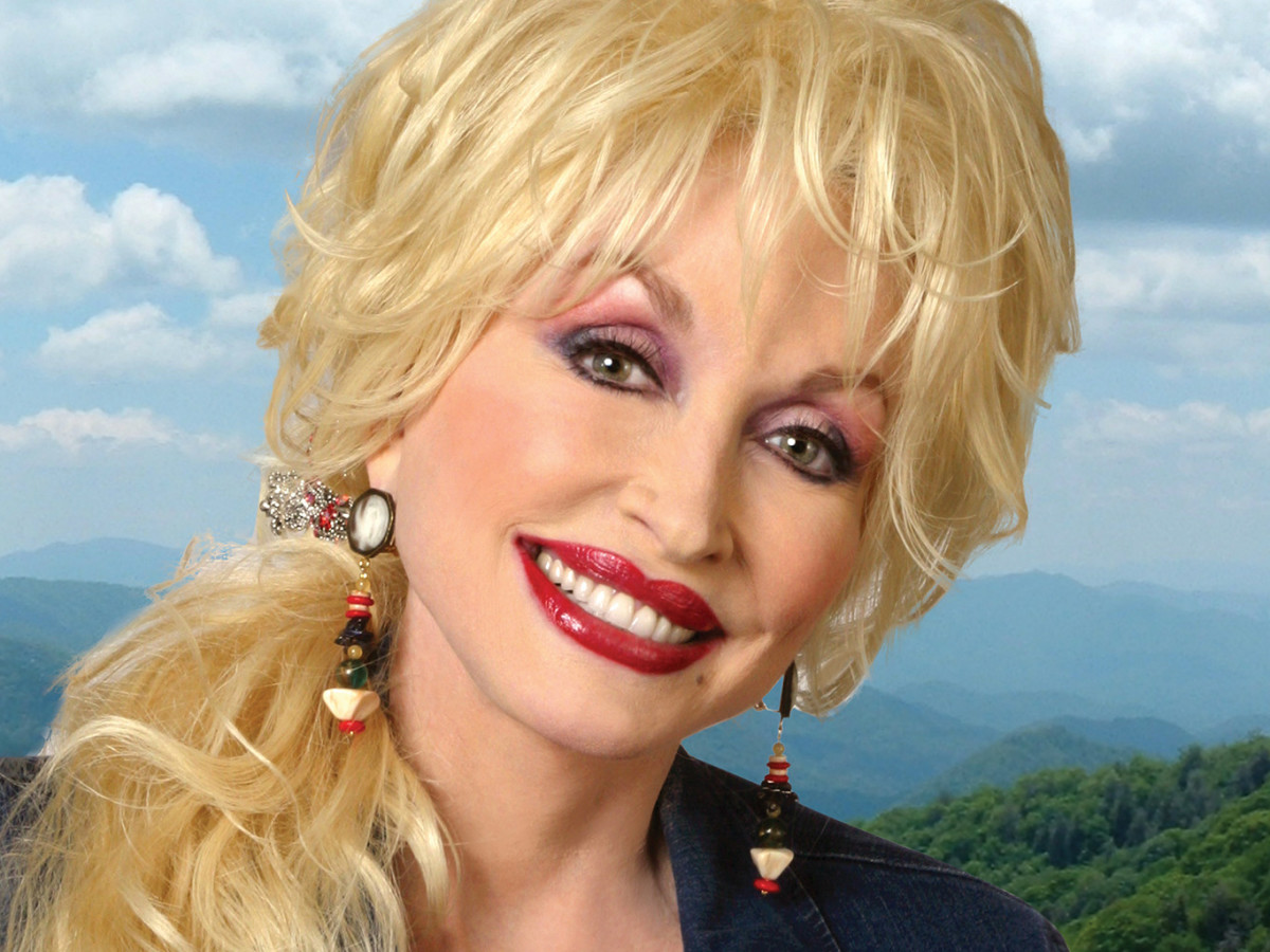 Dolly Parton headshot