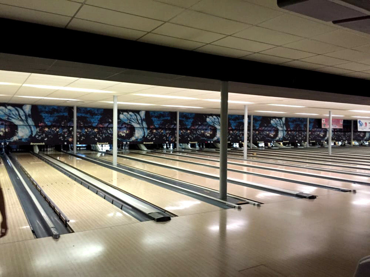 Hoffman Long Shuttered Bellaire Bowling Alley Finds A New Lane