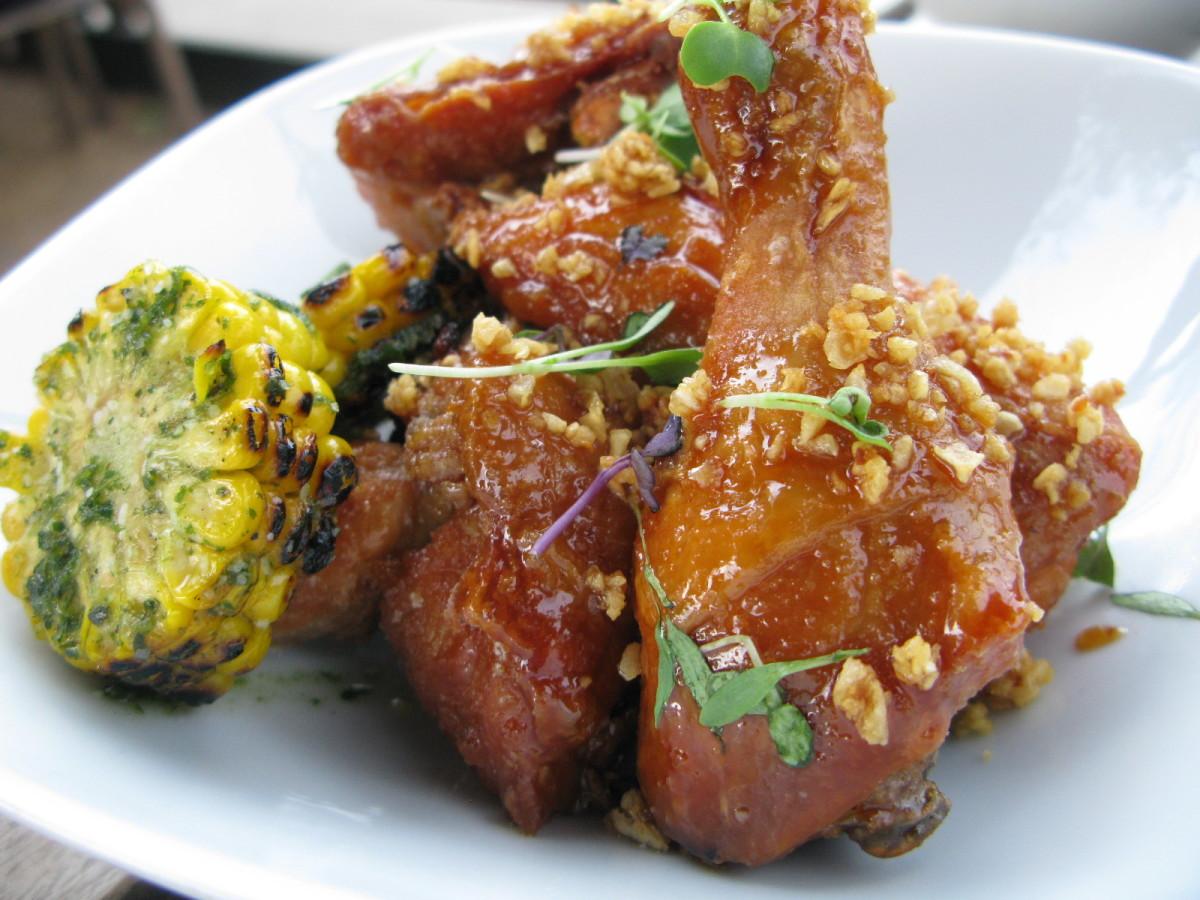 Mot Hai Ba, fried chicken