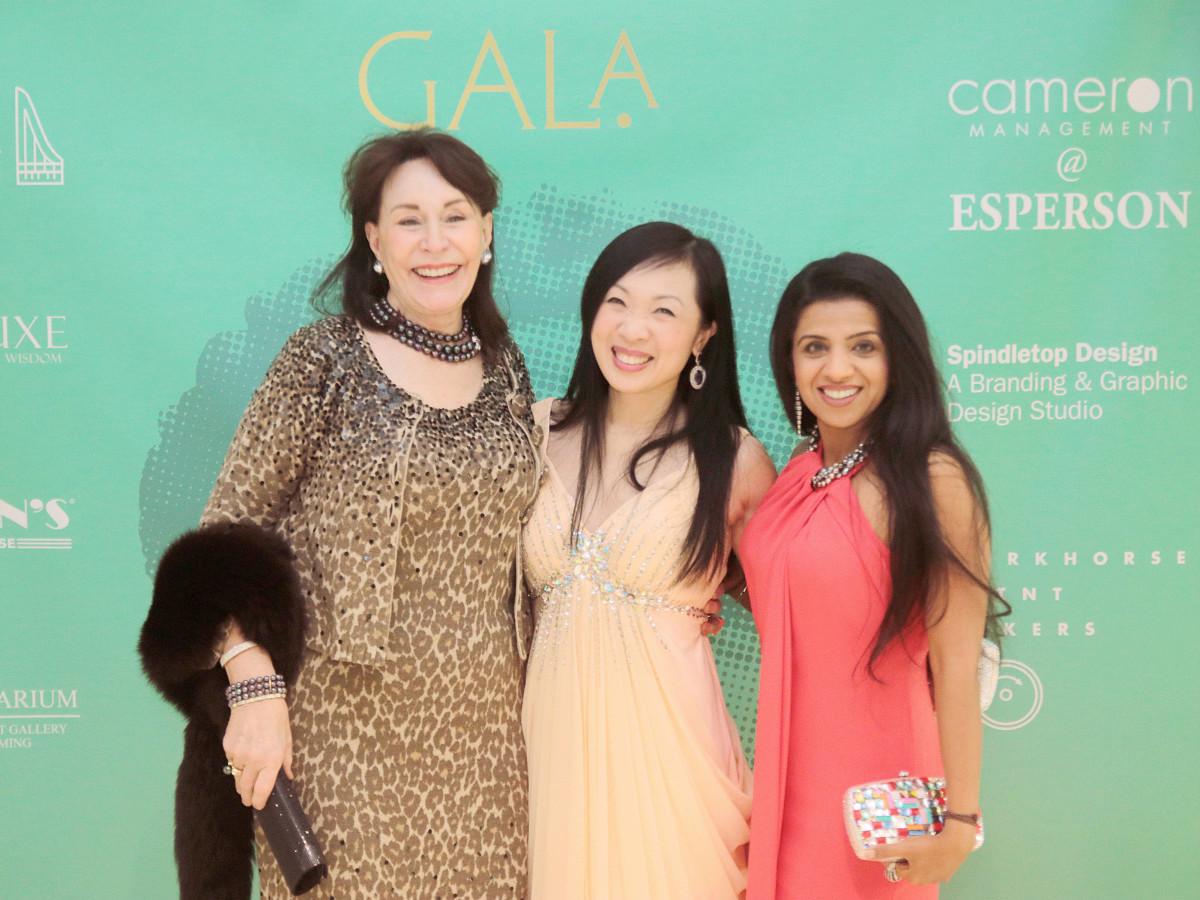 Anna Dean, Connie Kwan-Wong, Farida Abjani