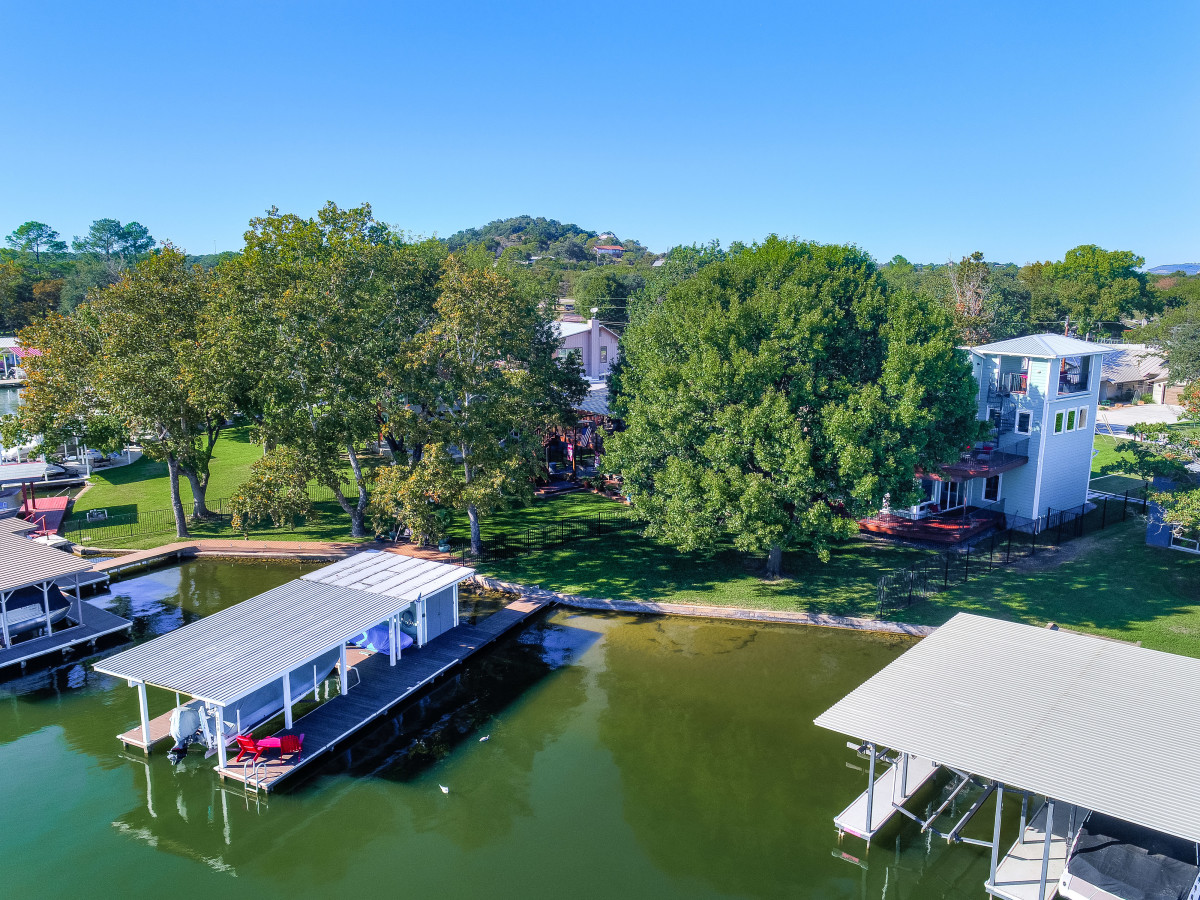 San Antonio house_218 Lakeview Dr