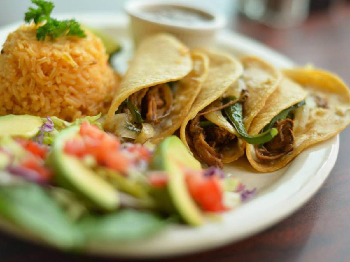 Maza Bar & Grill, The Colony, tacos