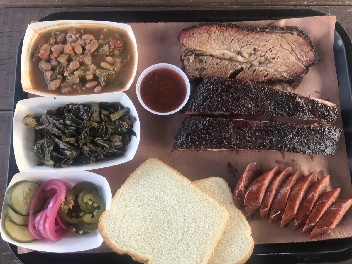 Willow's Texas BBQ tray