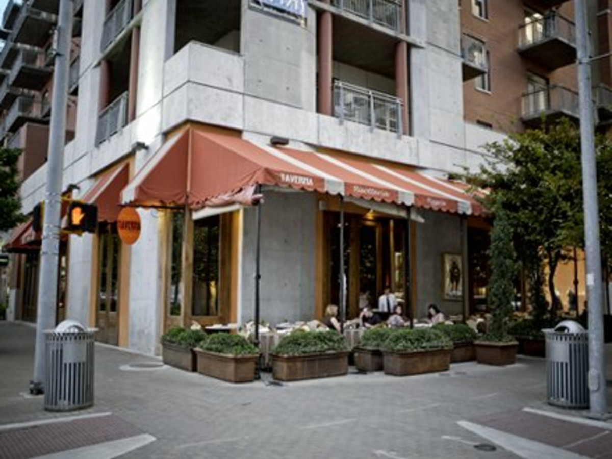Austin Photo: Places_Food_taverna_exterior