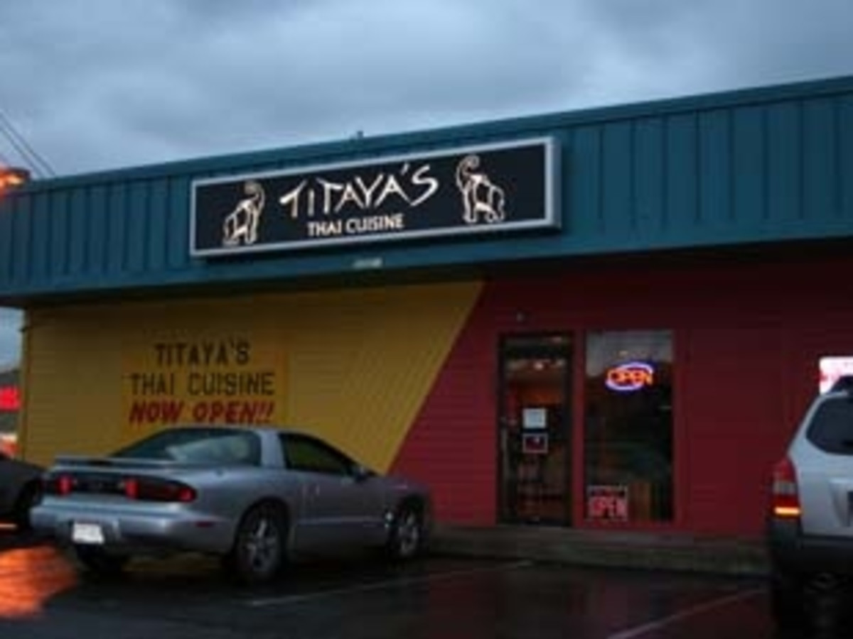 Austin Photo: Places_Food_titayas_thai_cuisine_exterior