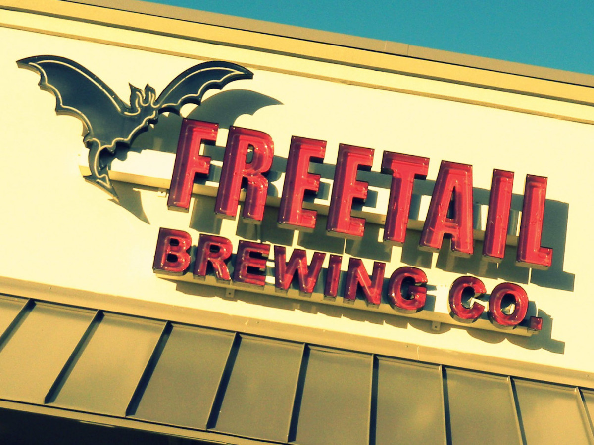 News_Freetail Brewing Co._sign