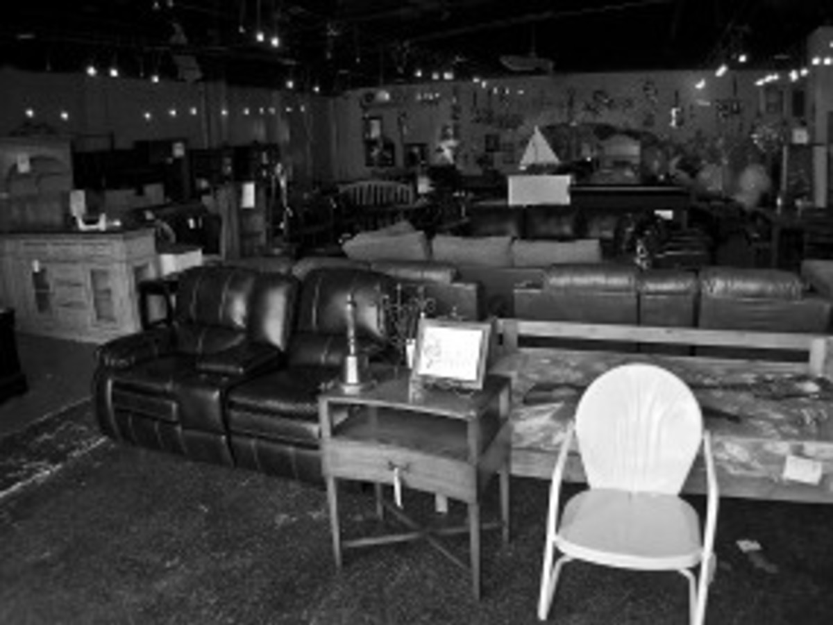 Austin Photo: Places_shopping_austin's_furniture_depot_interior