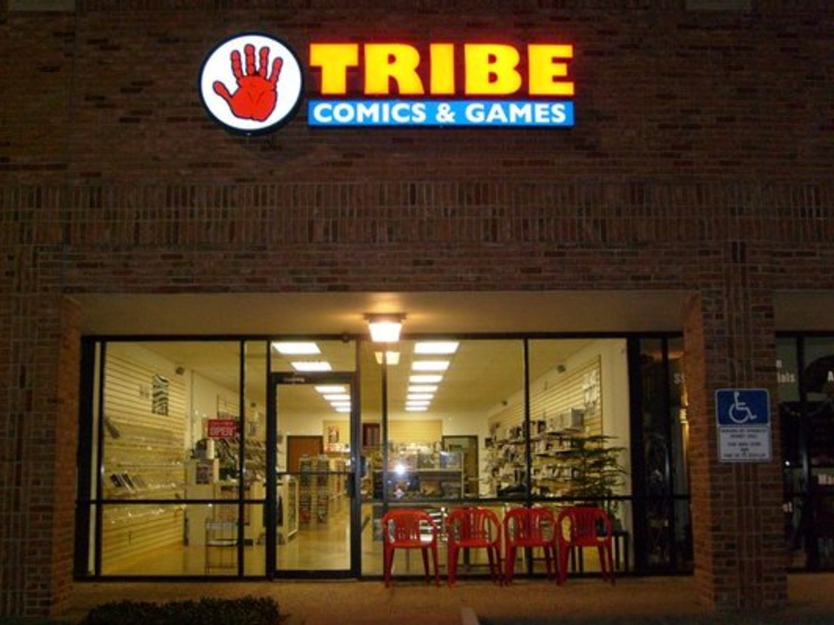 Austin Photo: Places_shopping_tribe_comics_and_games_exterior