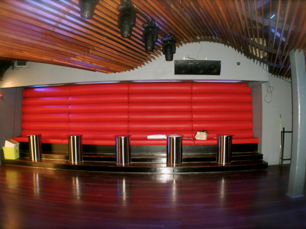 Austin photo: Places_Drink_Kingdom Nightclub_Interior