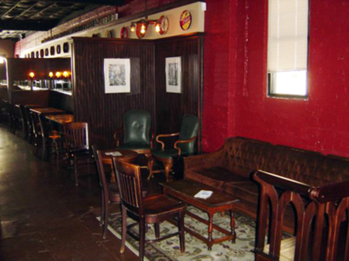 Austin photo: Places_Drink_The Ginger Man_Interior
