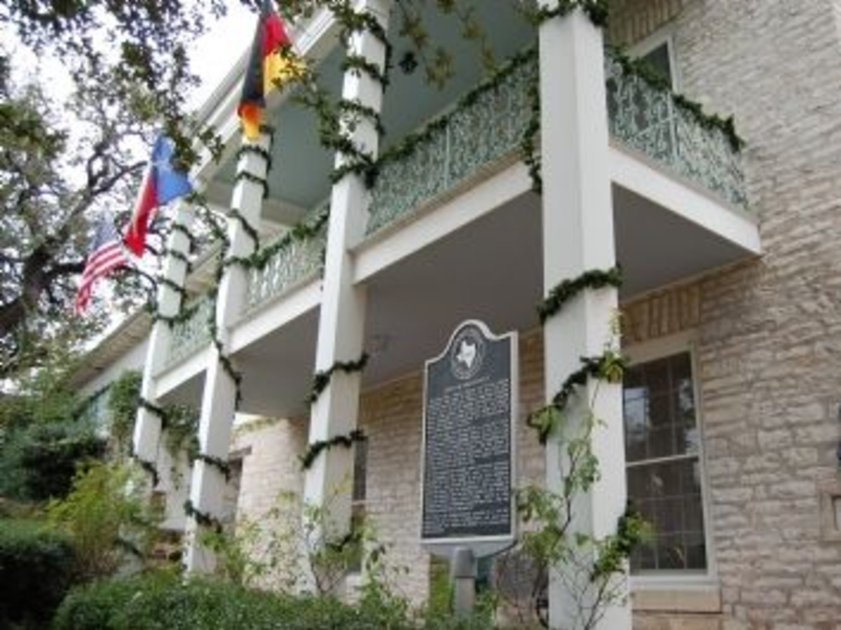 Austin_photo: places_unique_german free school_exterior