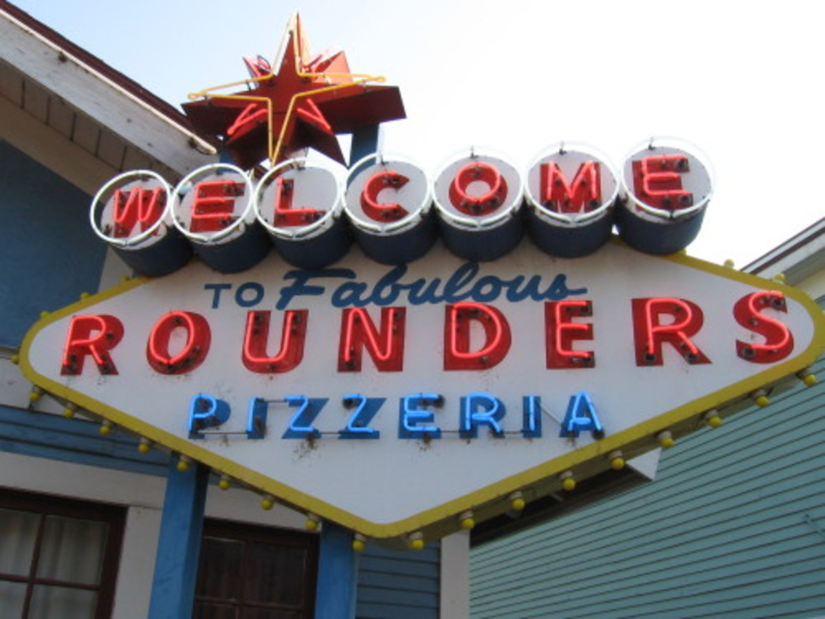Austin_photo: places_food_rounderspizza_sign