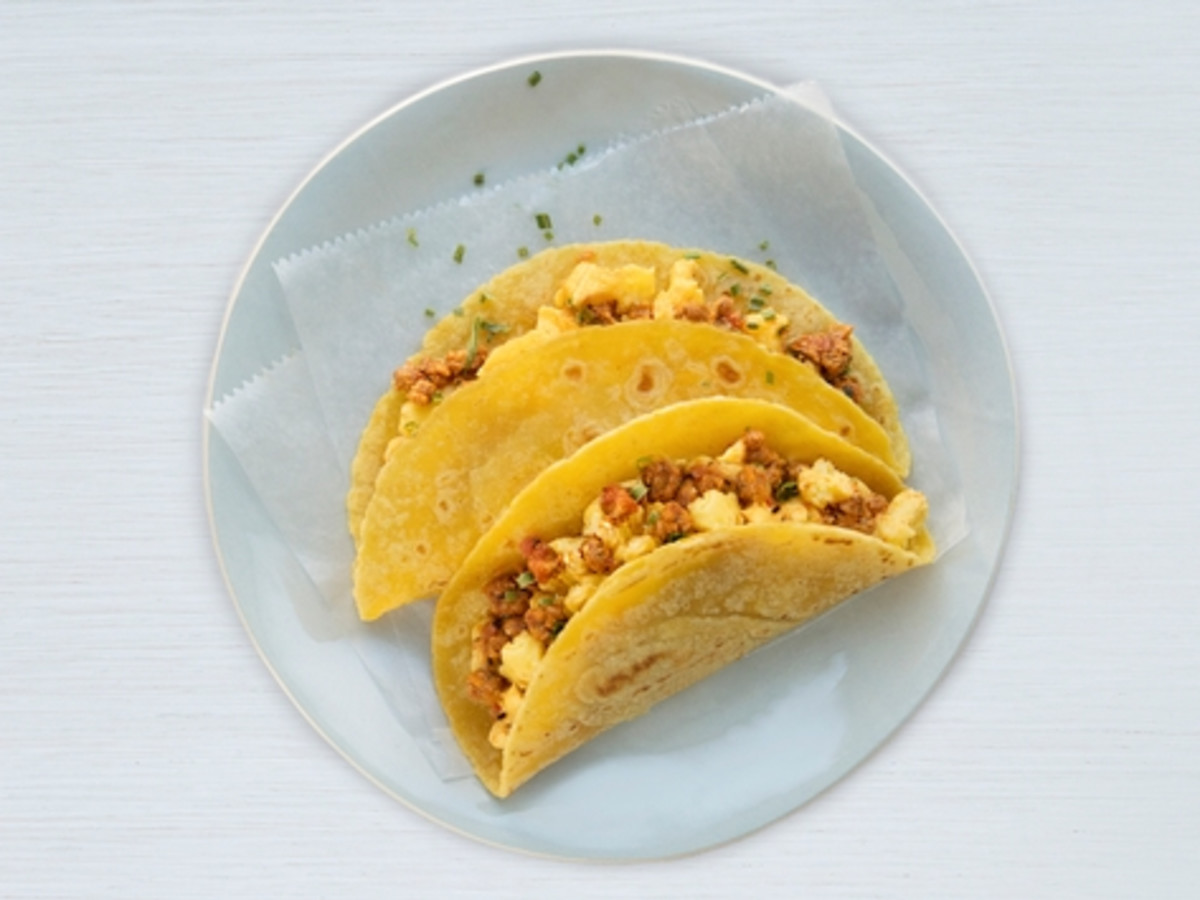 united airlines breakfast taco