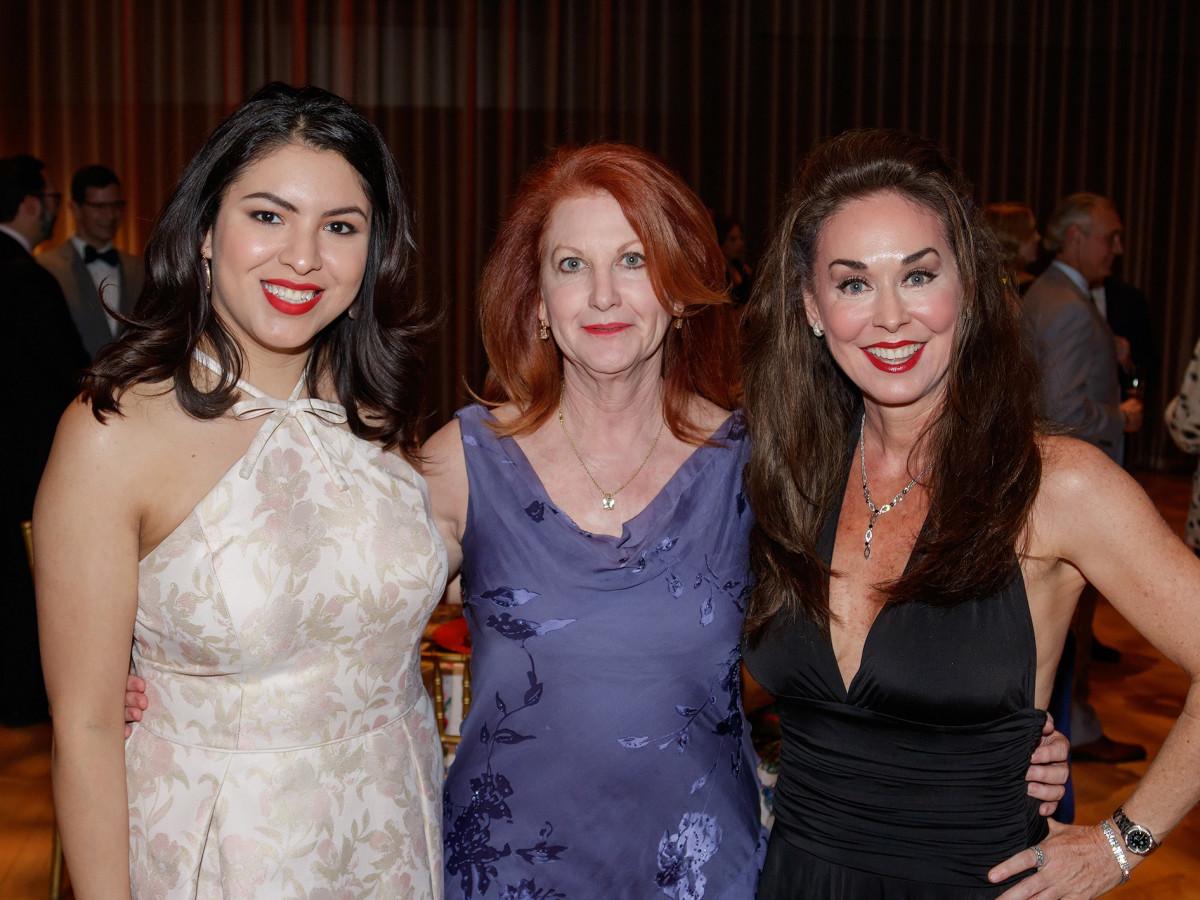 Dallas Opera Springs Gala 2018, Lorena Loera, Maryanne Prueitt, Shella Sattler