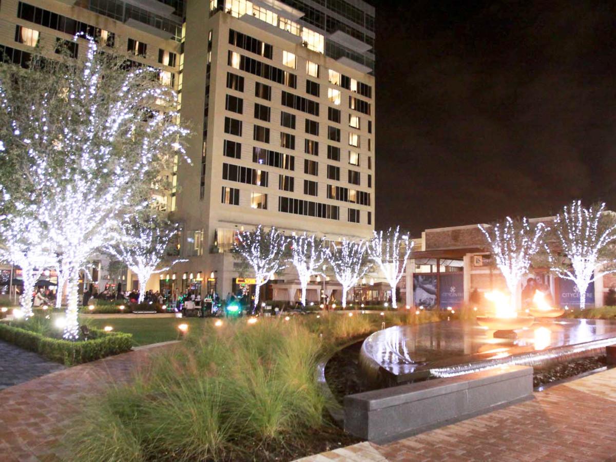 News_Hotel Sorella Grand Opening_Nov. 2009_hotel exterior_night