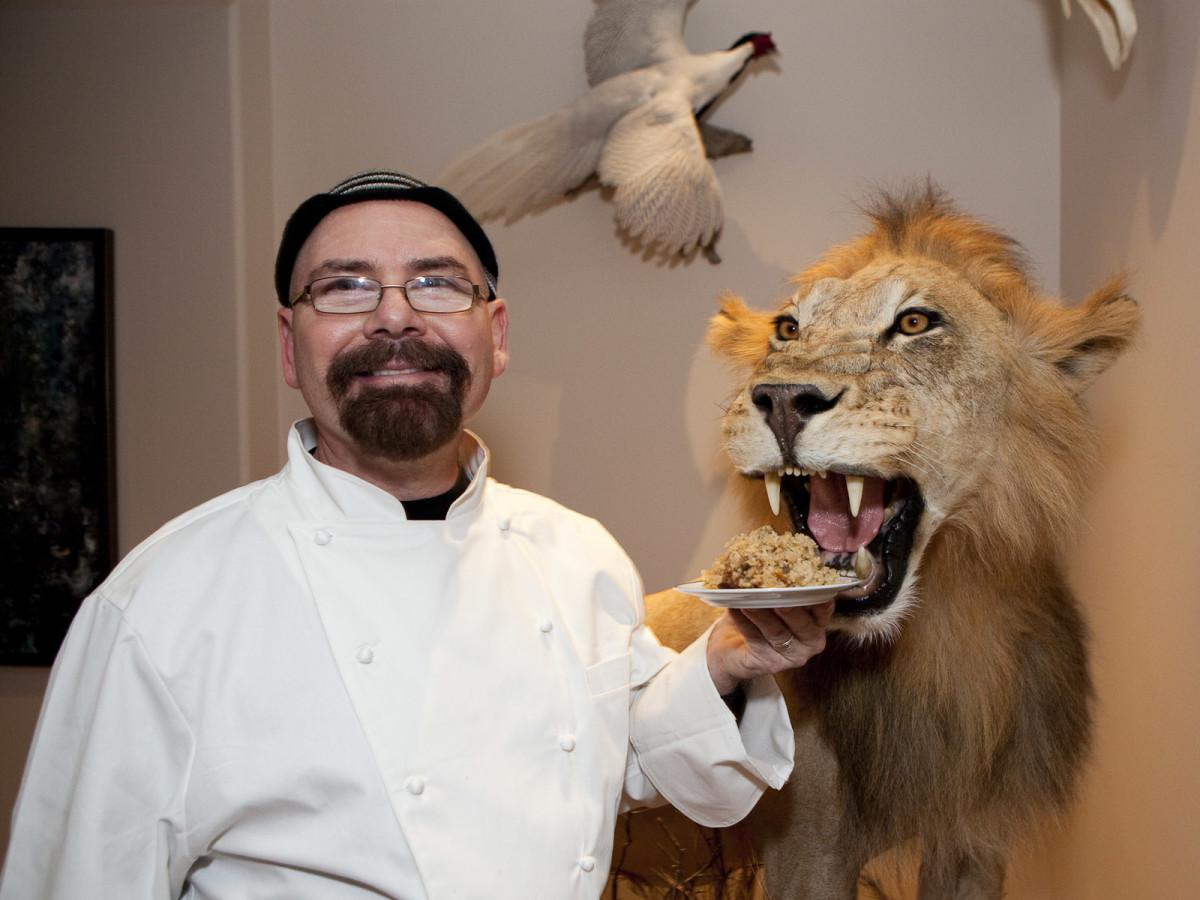 News_Wild Game Dinner Nov. 2009_Chef Charles Rucker_Open Door Mission