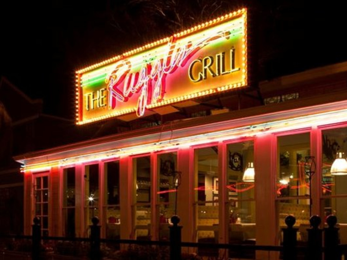 Places_Food_Ruggles Grill_Jan. 2010_exterior_neon lights