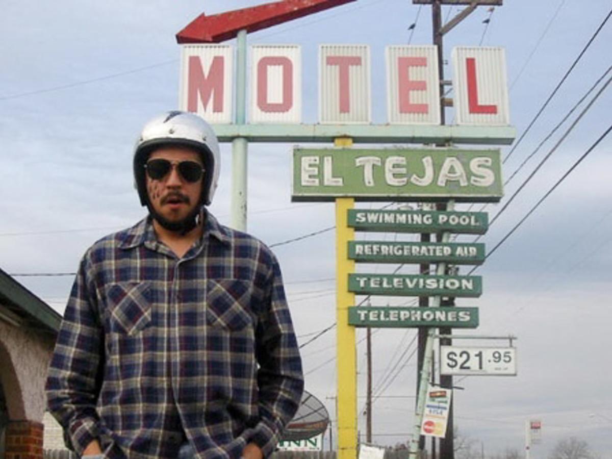 News_Cruz Ortiz_El Tejas_hotel_artist