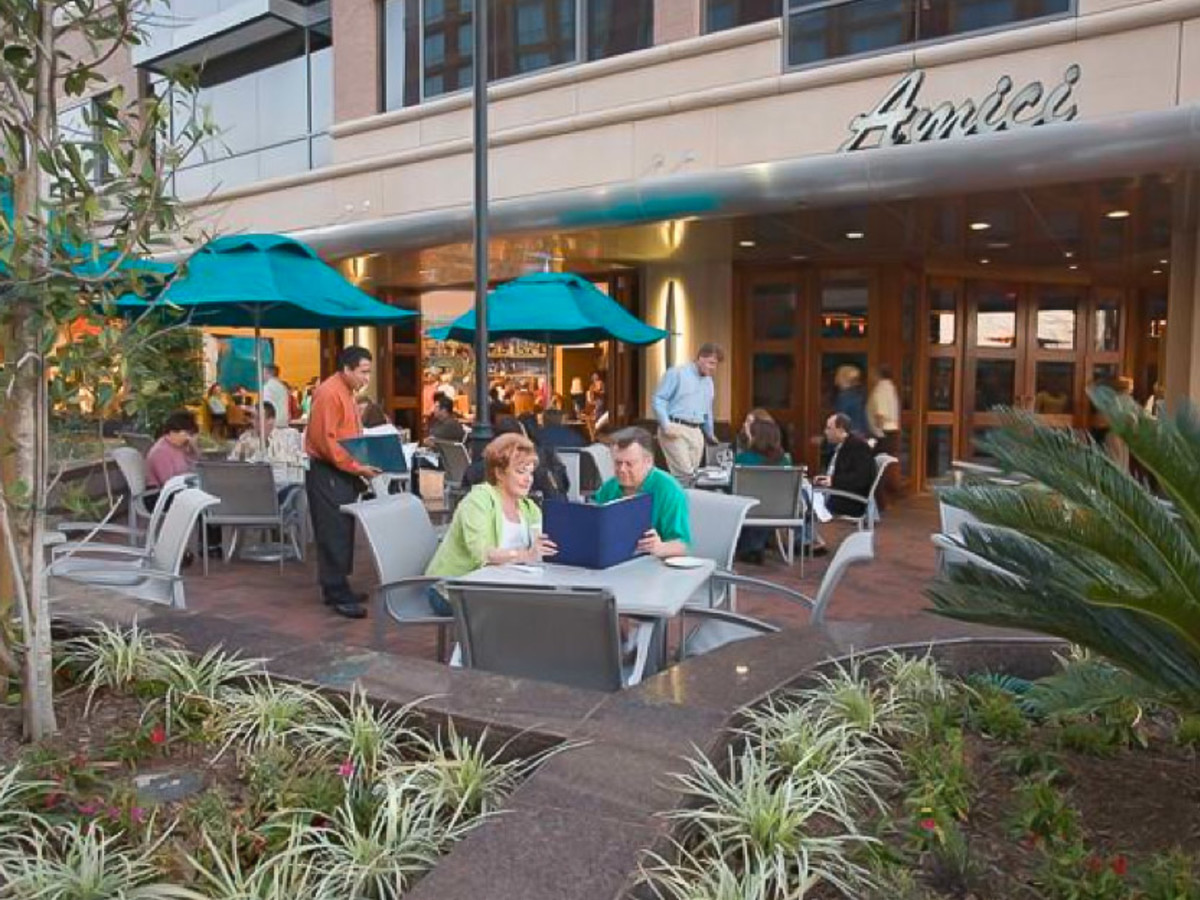 Sugar Land Loses One Of Its Best Restaurants With Amicis Closing