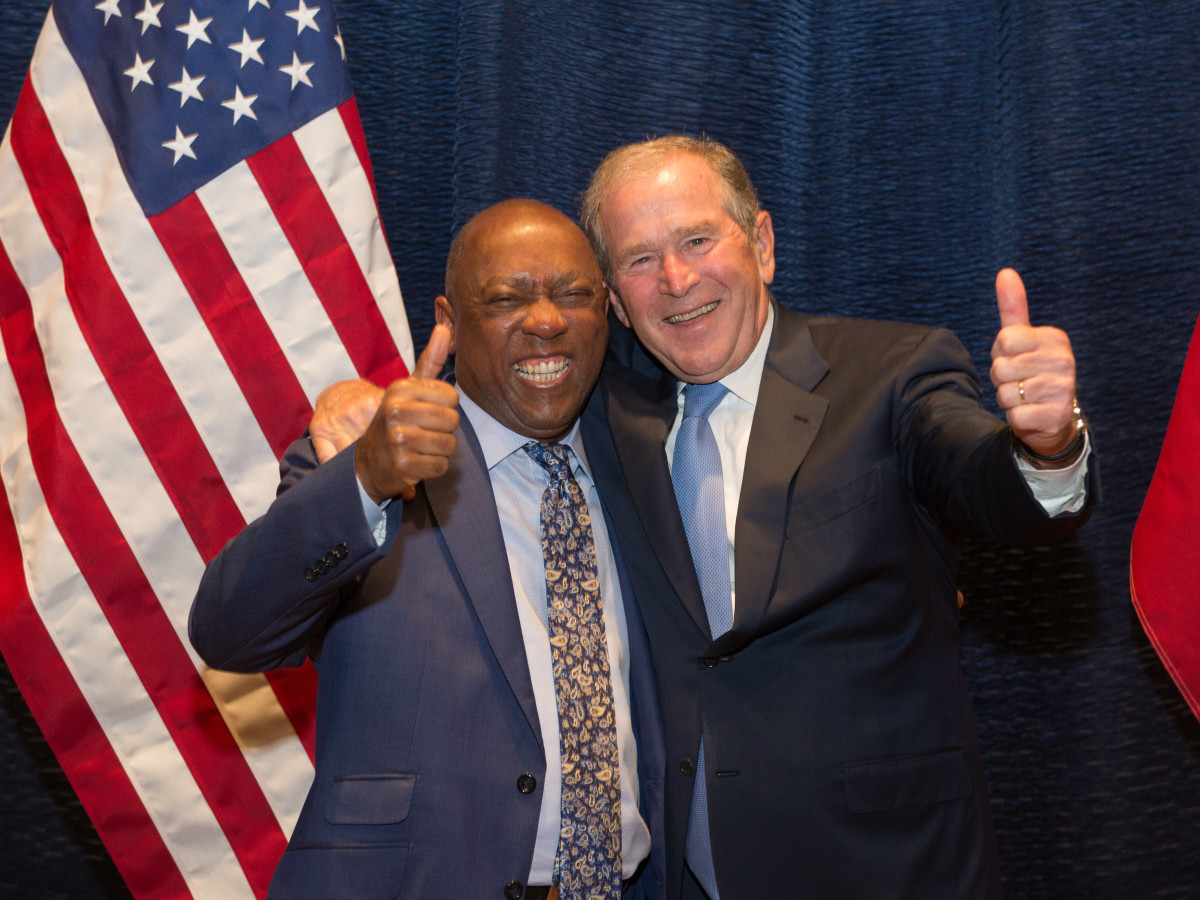 Holocaust Museum LBJ award Mayor Sylvester Turner and President George W. Bush