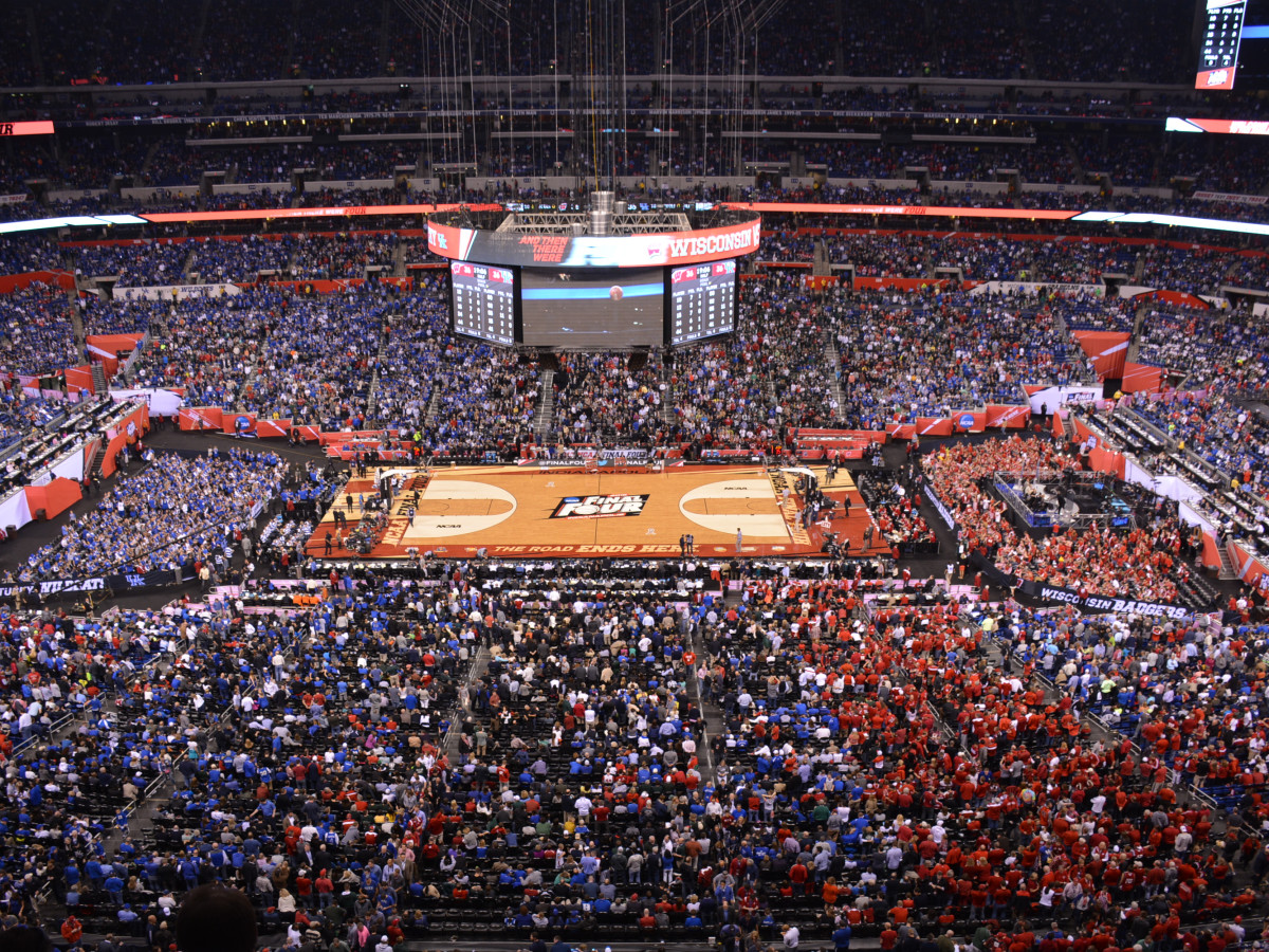 Final Four basketball court