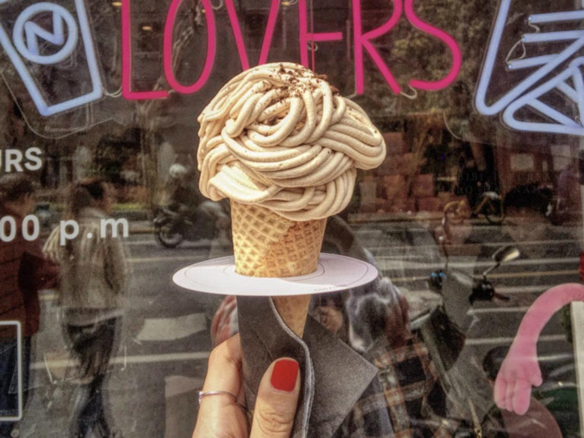 Nobibi ice cream cone