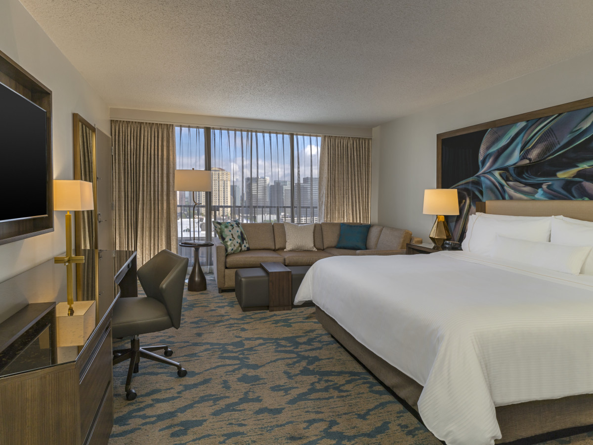 The Westin Galleria Houston deluxe king room