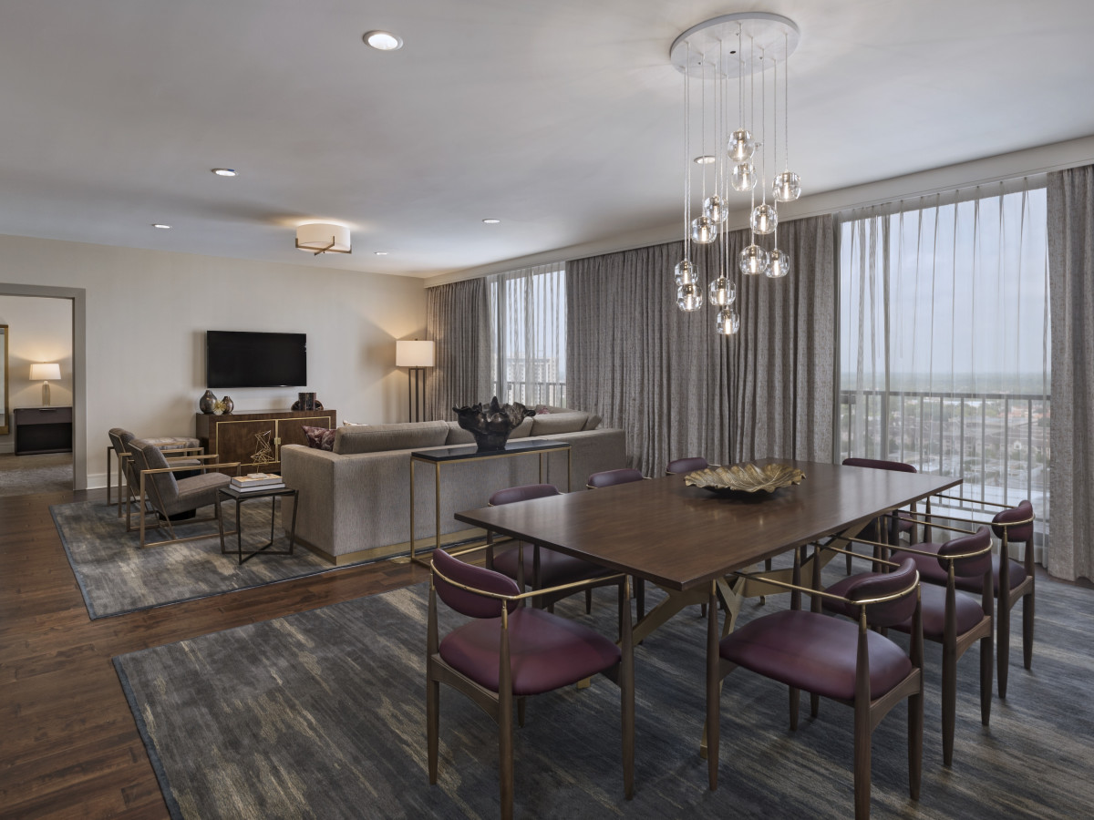 The Westin Galleria Houston Presidential suite living room