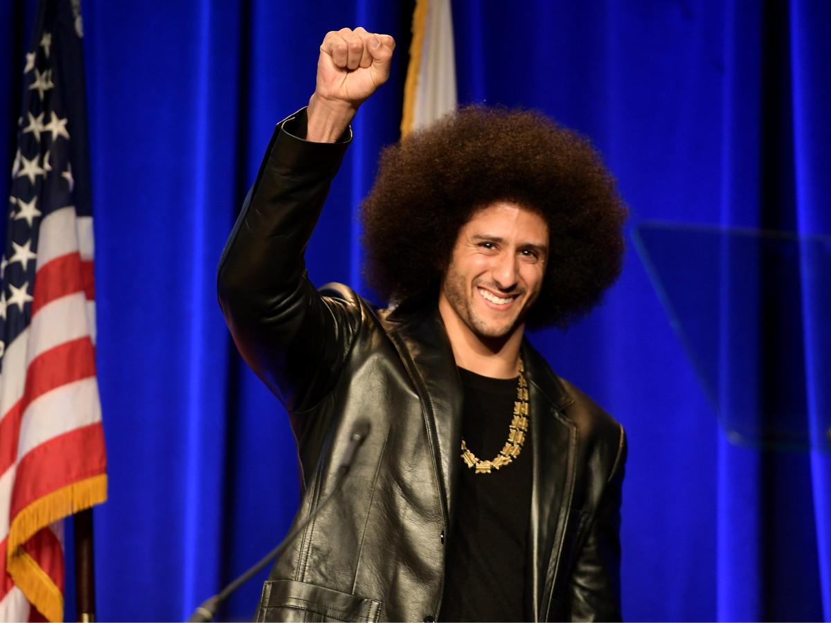 Colin Kaepernick fist raise