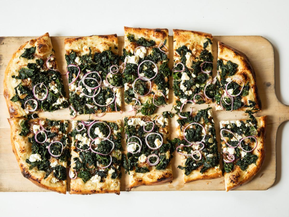 Vinny's green machine pizza