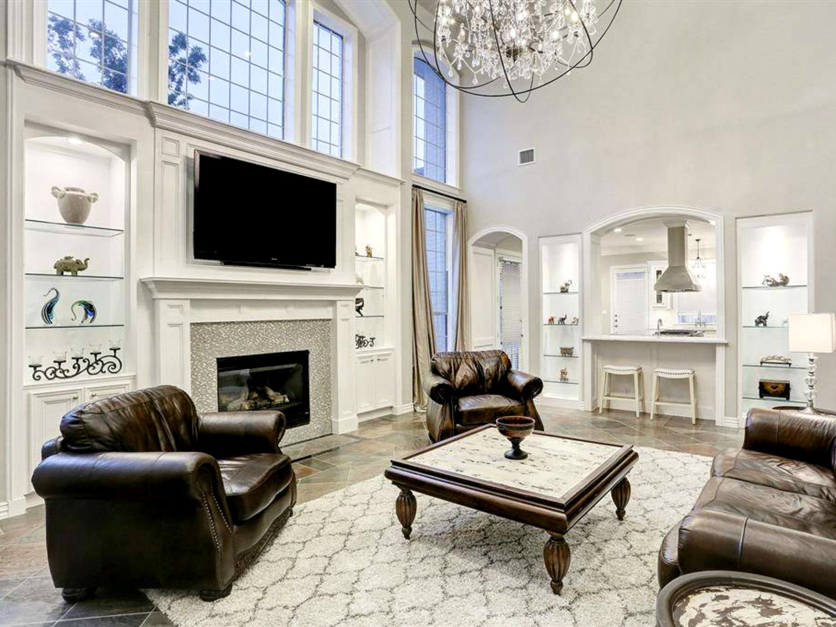 Tom Herman home for sale living room