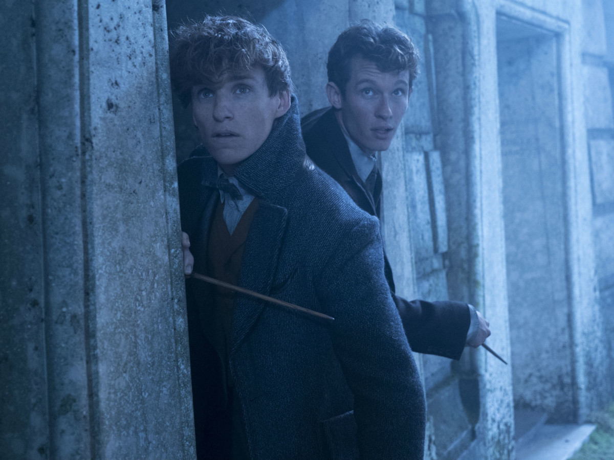 Eddie Redmayne and Callum Turner in Fantastic Beasts: The Crimes of Grindelwald