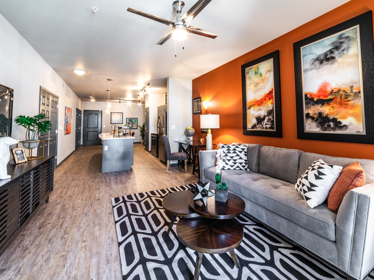 here 39 s how much apartment you can rent in houston on a median income culturemap houston. Black Bedroom Furniture Sets. Home Design Ideas