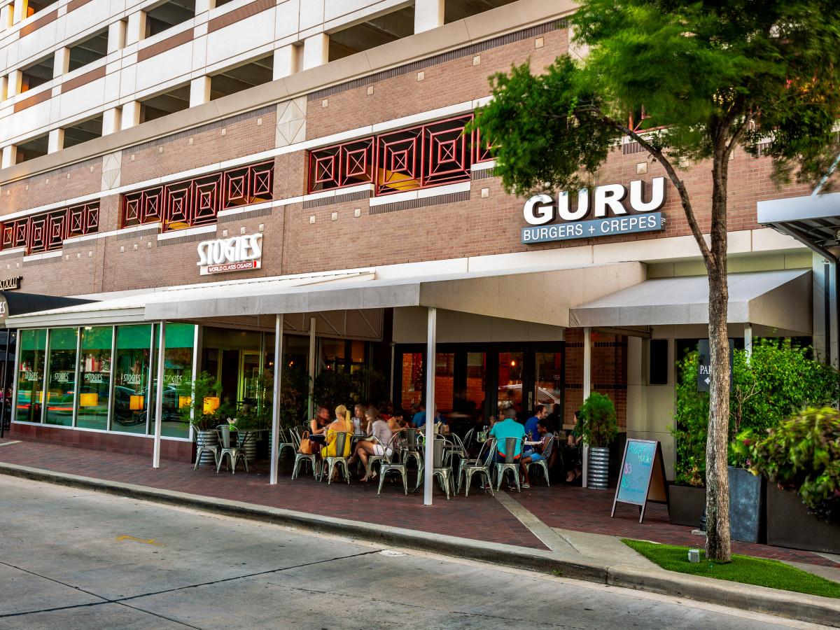 Guru Burgers exterior