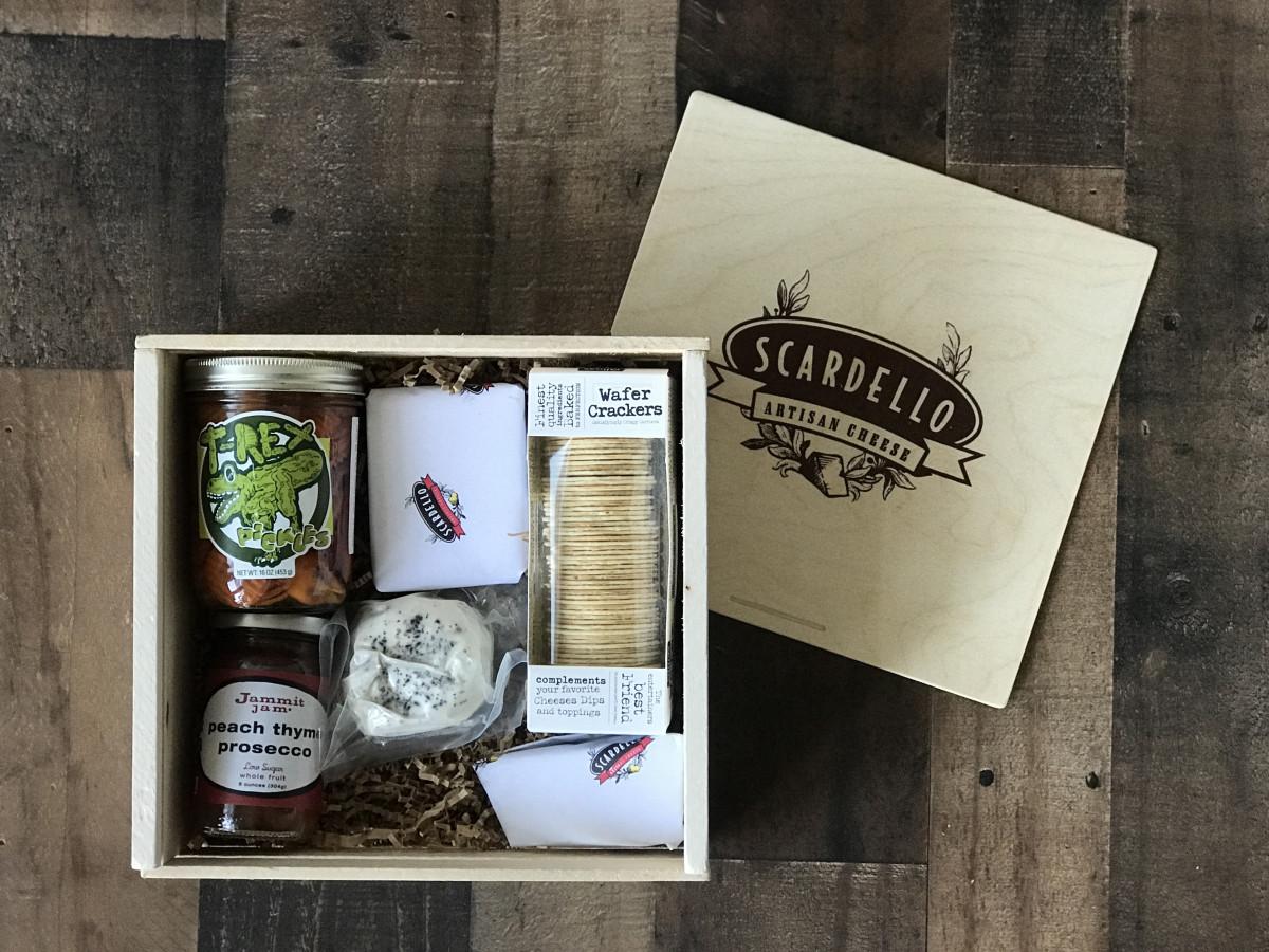 Scardello cheese gift basket