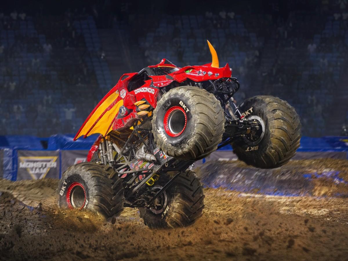 Monster Jam, monster trucks