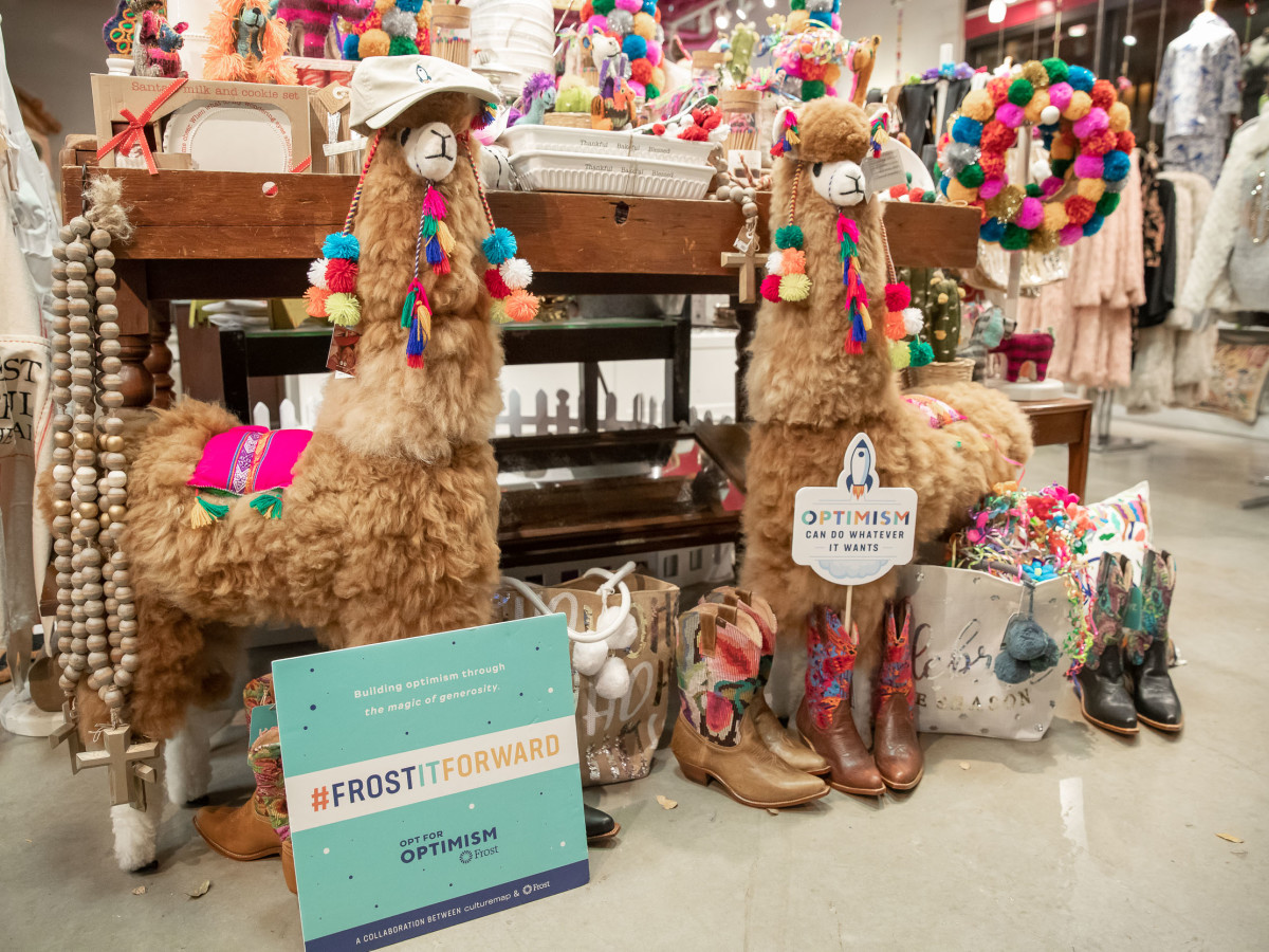 Frost pop-up at Pearl Holiday Market