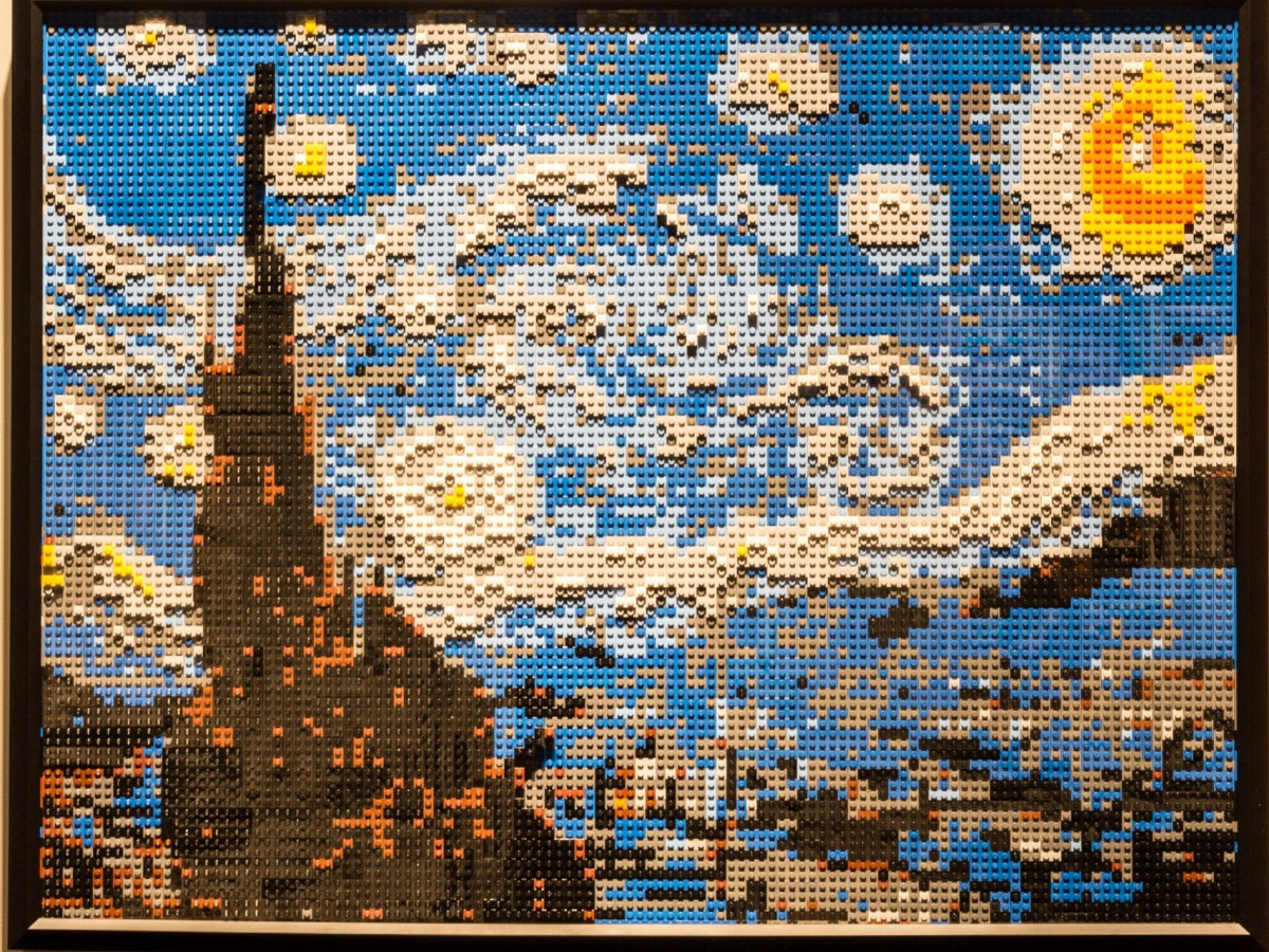 Perot Museum Art of the Brick, Starry Night