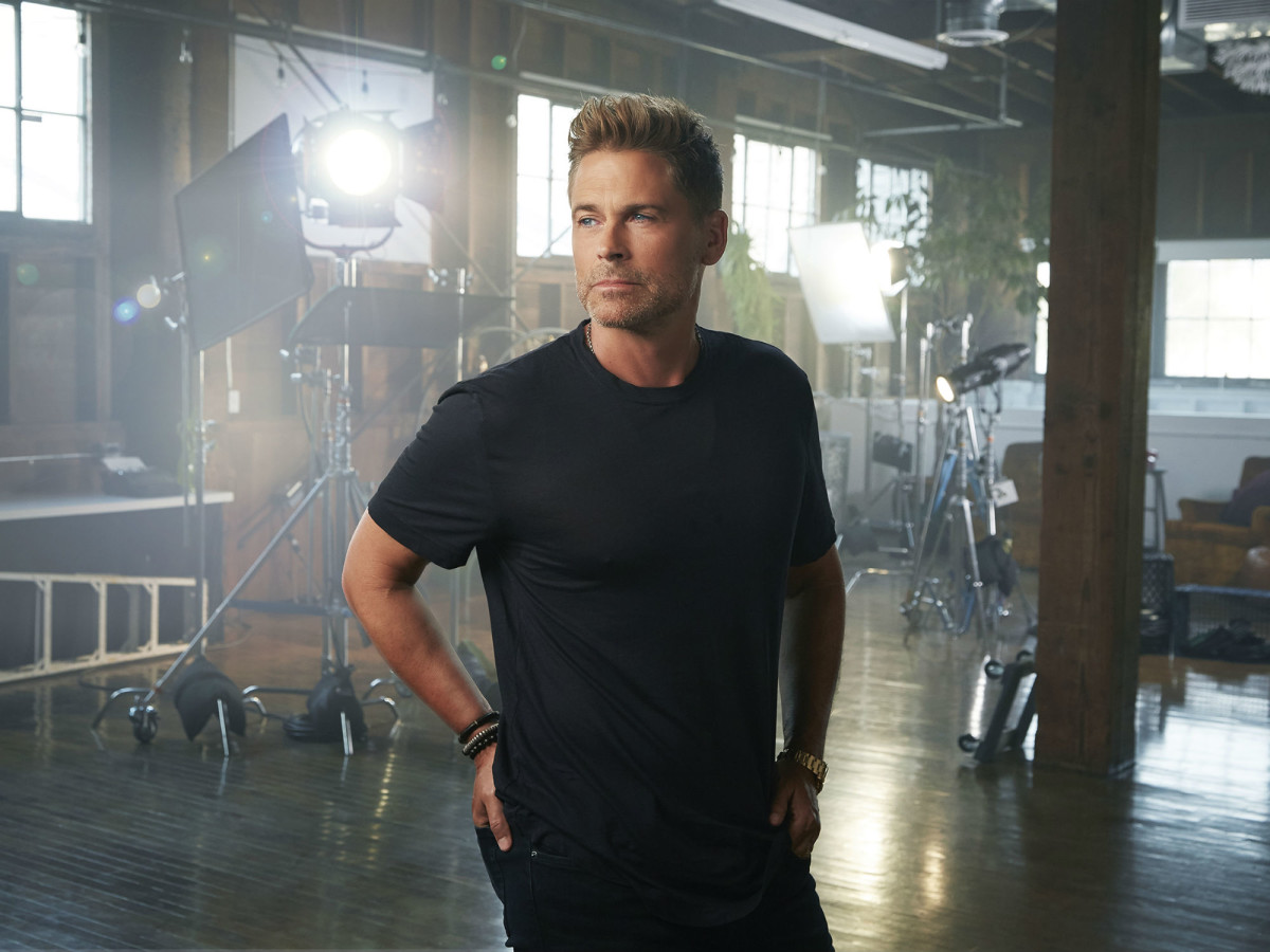 Rob Lowe press promo shot