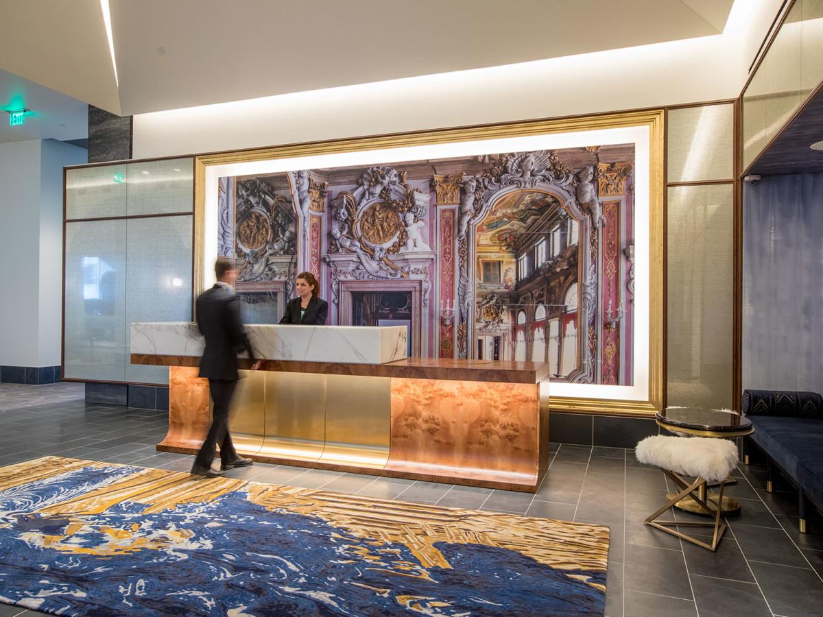 Hotel Alessandra lobby