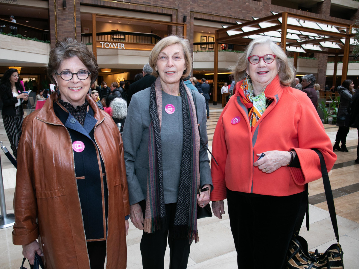 Linda McFarland, Rue Henry, Katie Allen