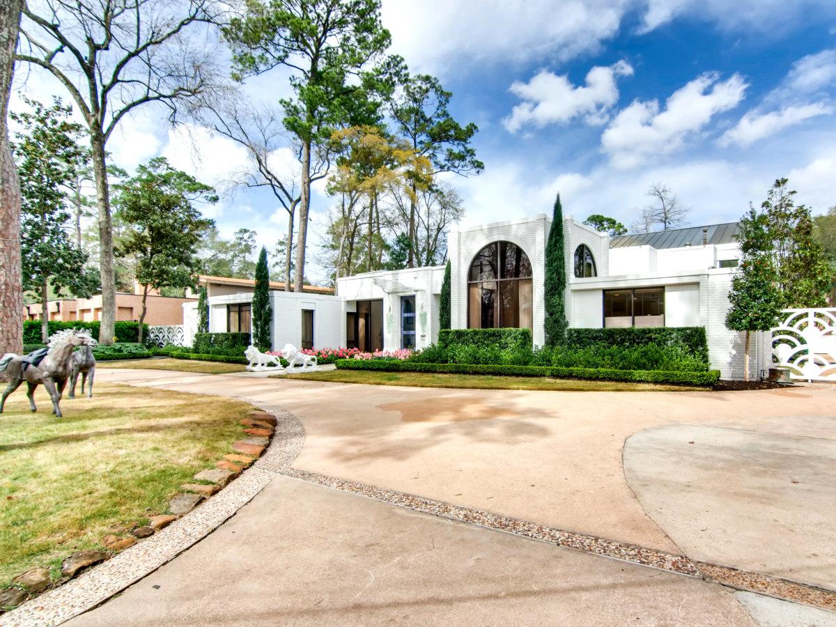 Midcentury Memorial 9102 Chatsworth Drive Houston