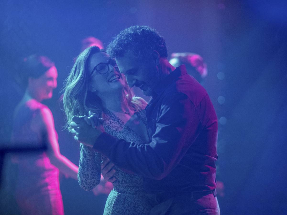 Julianne Moore and John Turturro in Gloria Bell