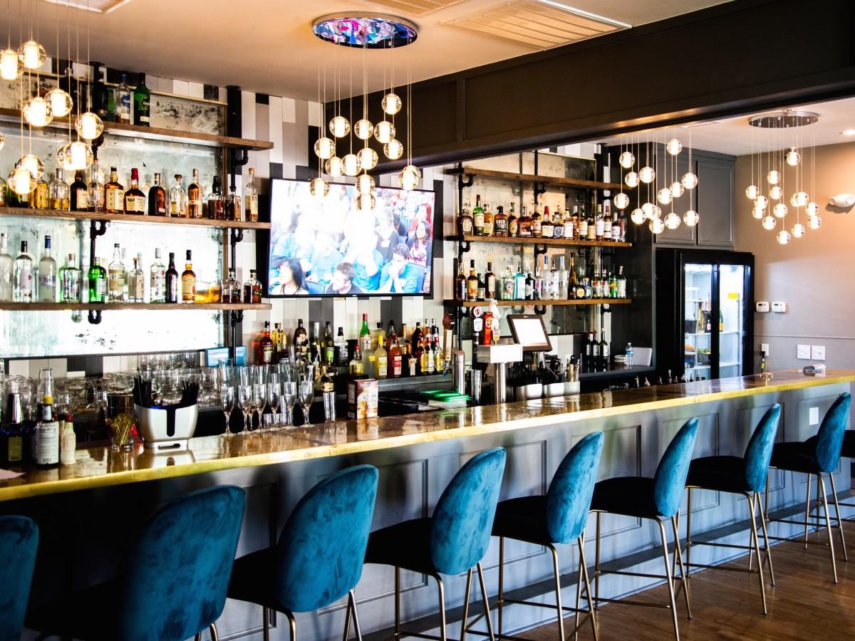 Taste Bar + Kitchen interior