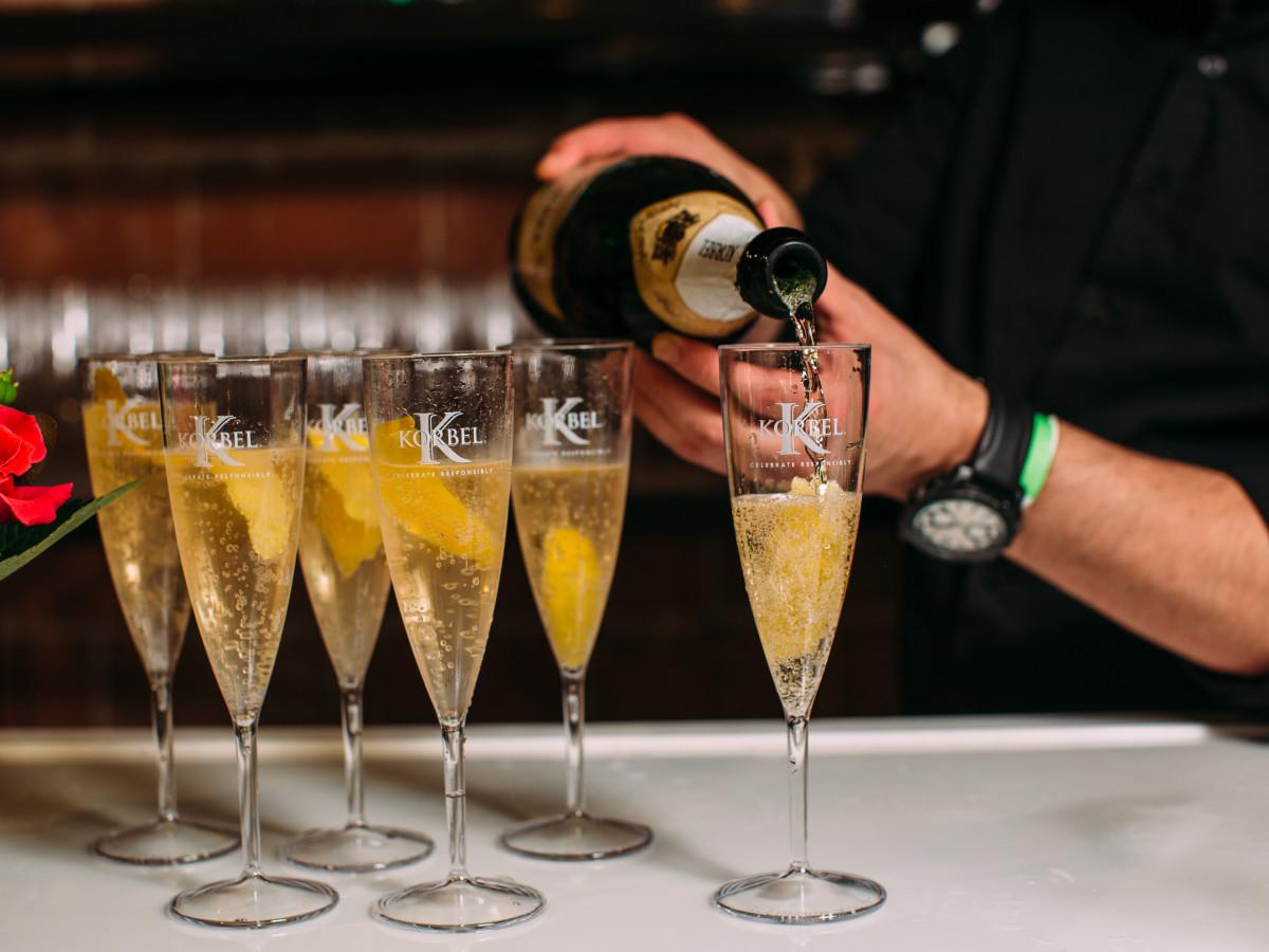 Korbel champgane, bubbly, sparkling