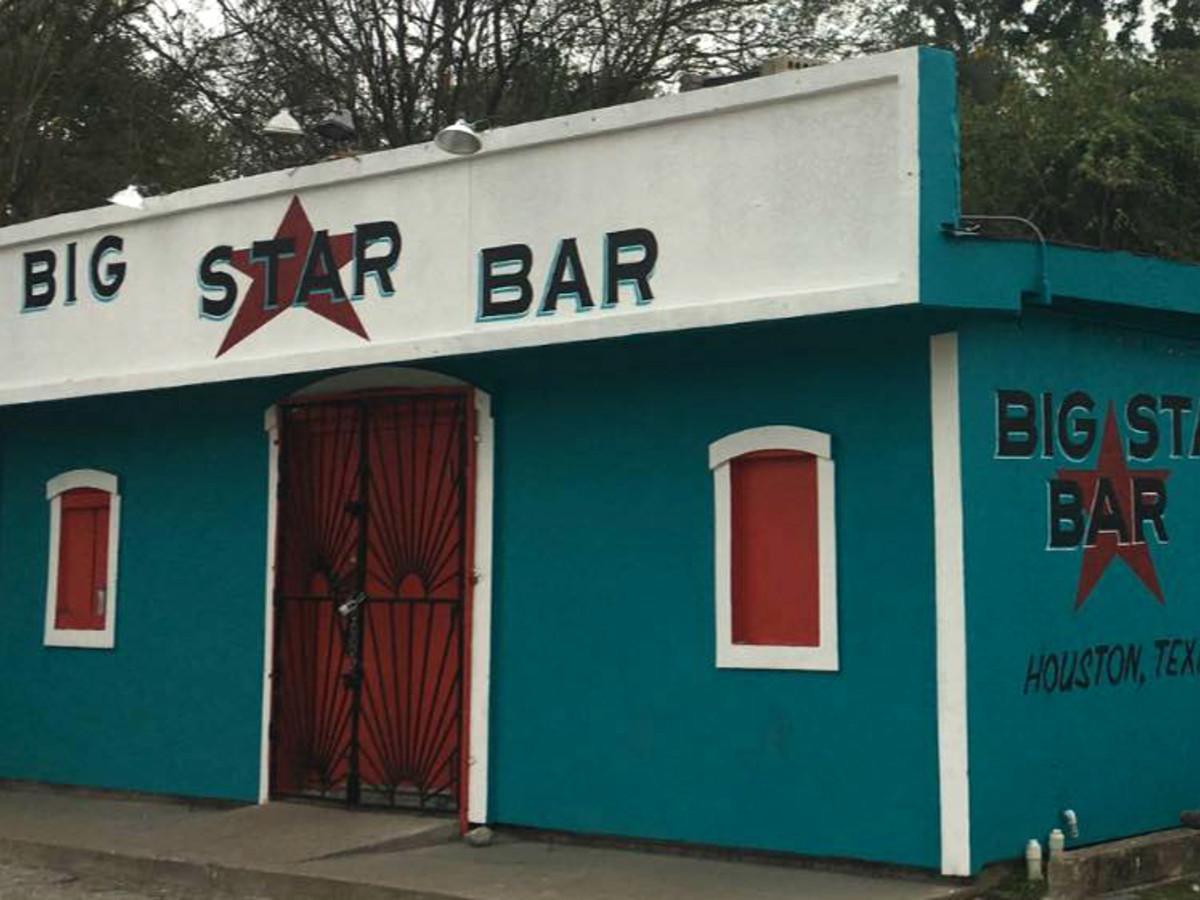 Big Star Bar exterior