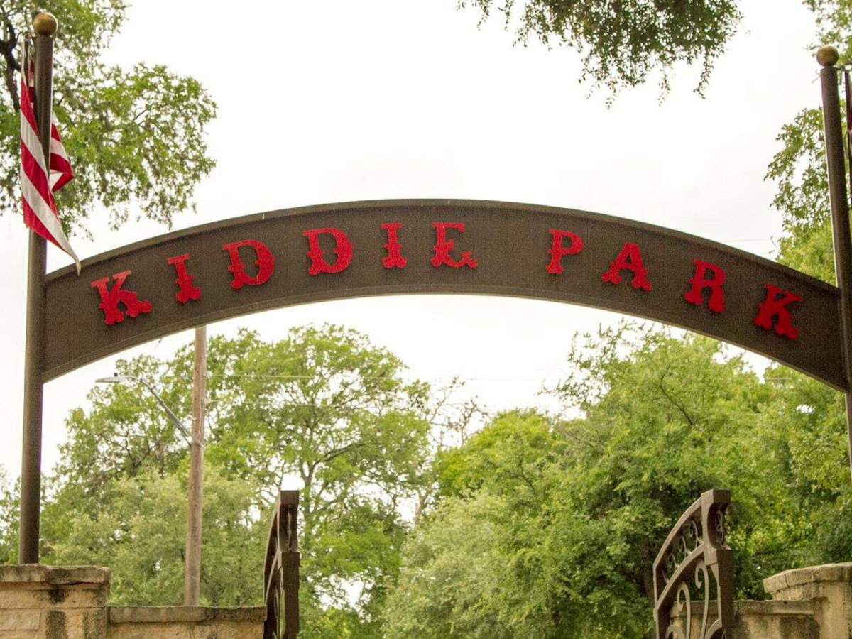Kiddie Park sign