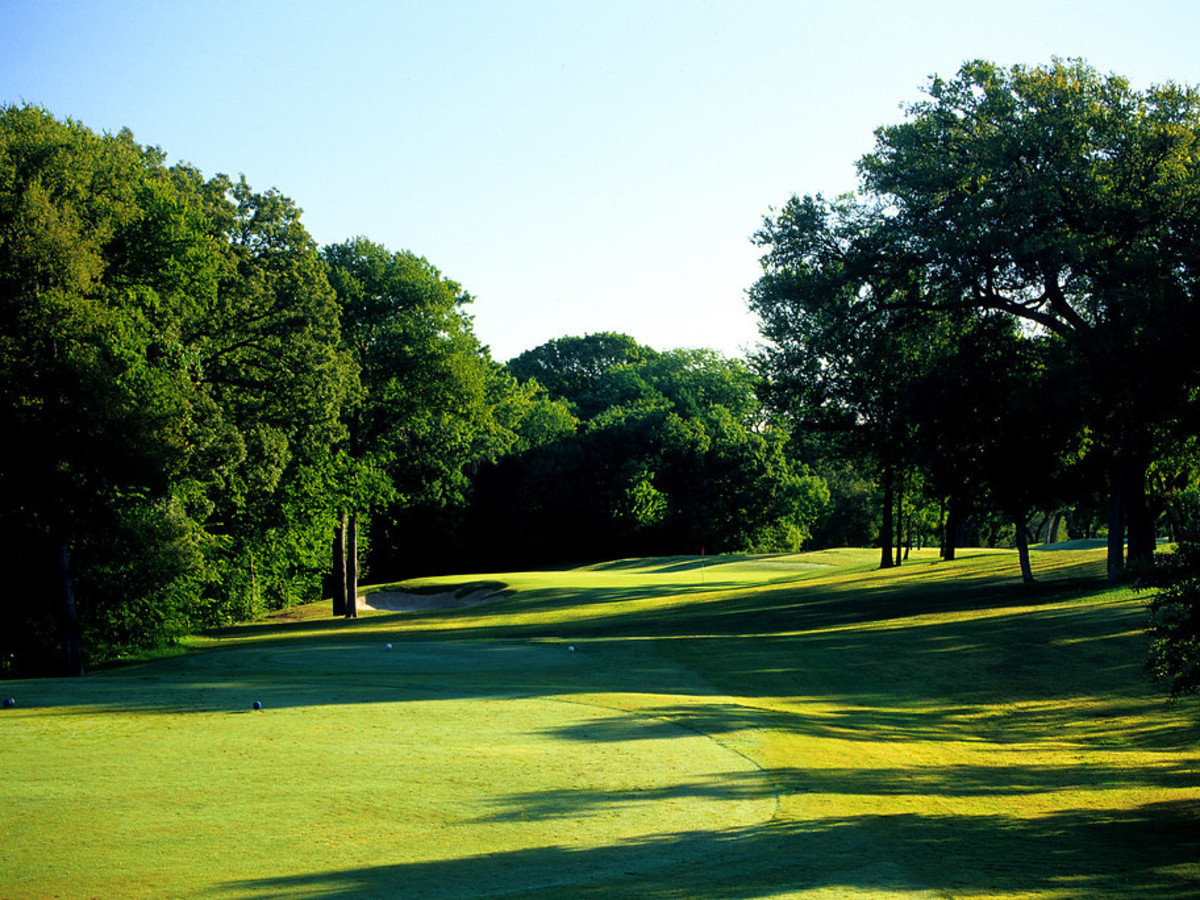 Tenison Highlands golf